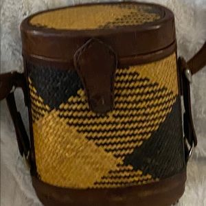 Wicker and leather barrel bag